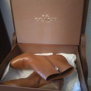 Coach Hickory Calf Ankle Booties in Saddle size 9